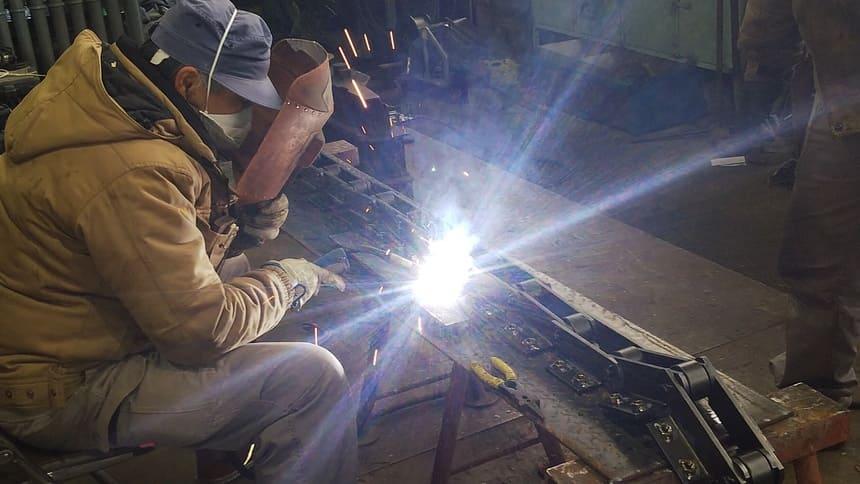 チェーンナット溶接|製作実績|フェニックス工業